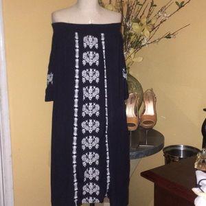 Ann Taylor off shoulder embroidered boho dress